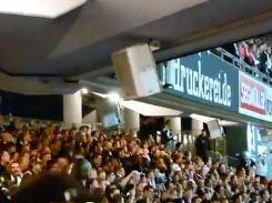 Bausatz aus Pappe: Nürnbergs Stadion