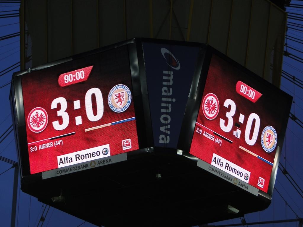 Eintracht_Frankfurt-Eintracht_Braunschweig13-14_19